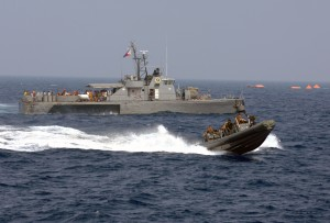 US_Navy_090906-N-0120R-068_A_Philippine_Navy_patrol_boat_and_an_11