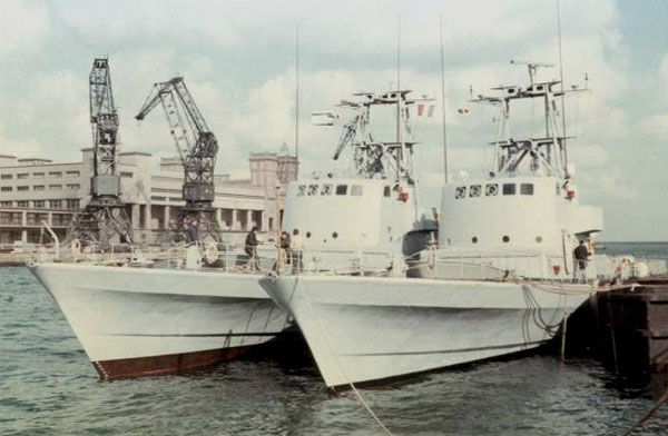 """Two completed Israeli Sa'ar 3 """"patrol"""" boats in Cherbourg in 1969, less their weapons. (Photo credit: forum.valka.cz; photo source: unknown)"""