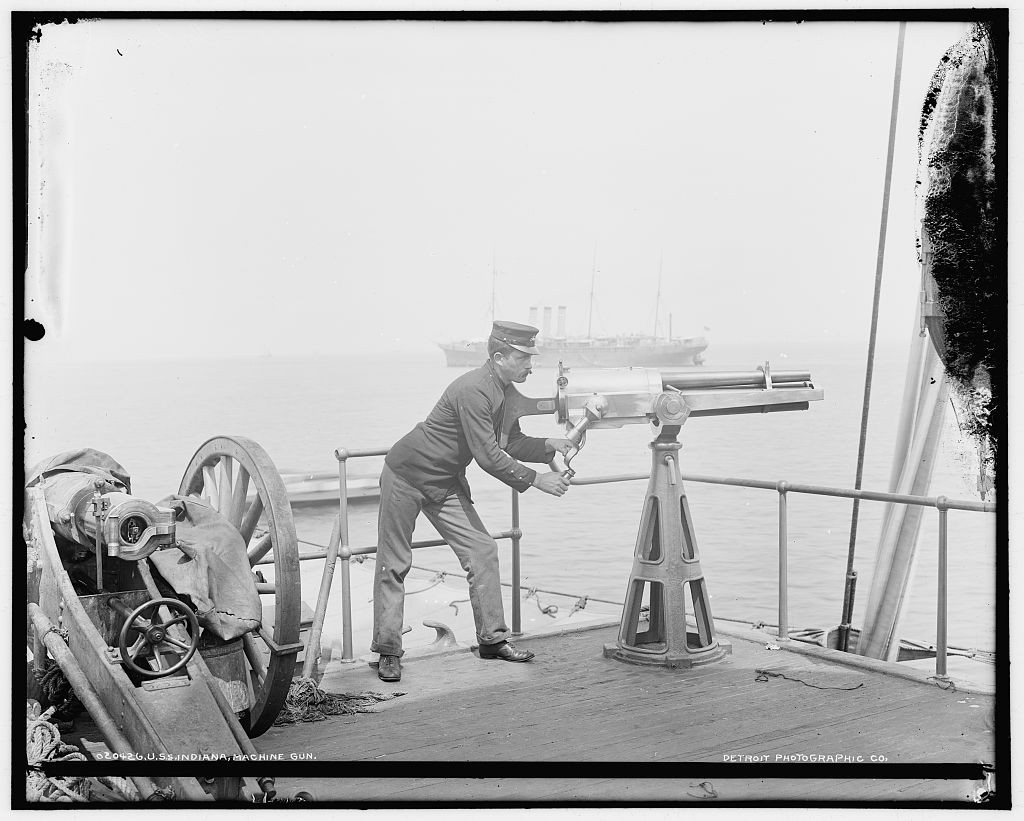 uss-indiana-revoloing-cannon-508