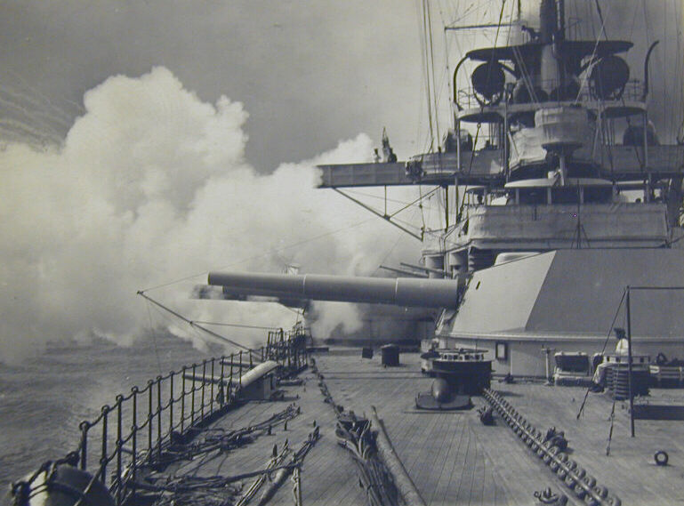 SMS Rheinland-focsle1914.