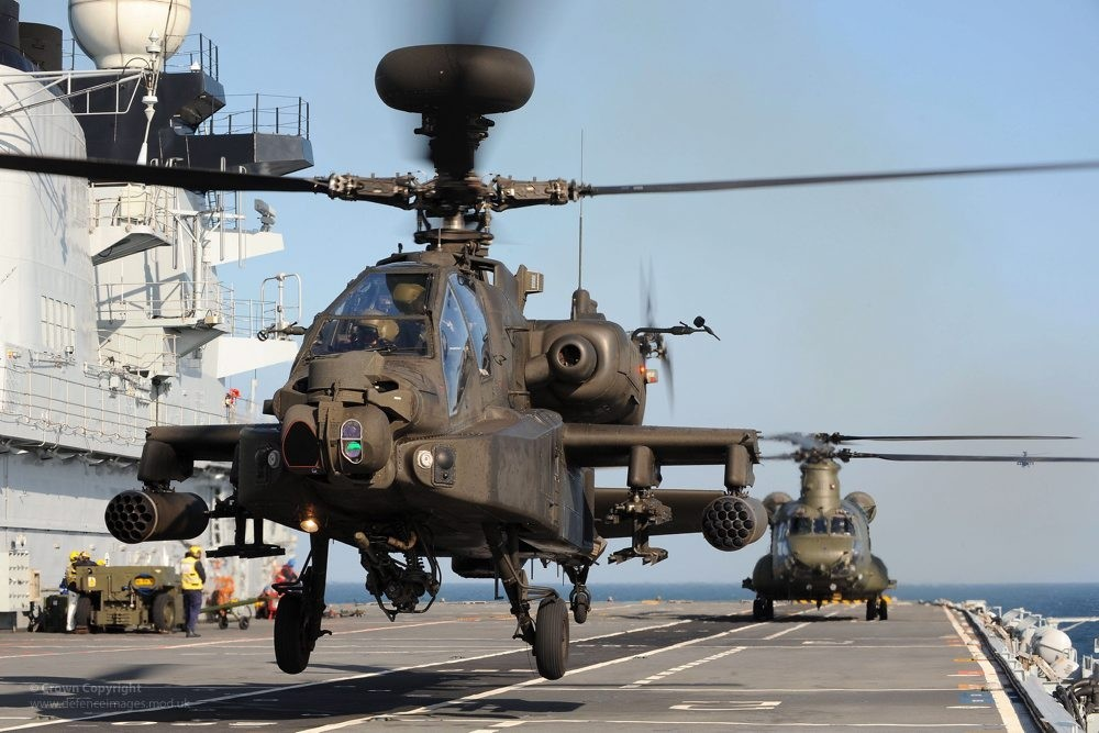 Army's Apaches Bring Fight to Maritime and Littoral Operations