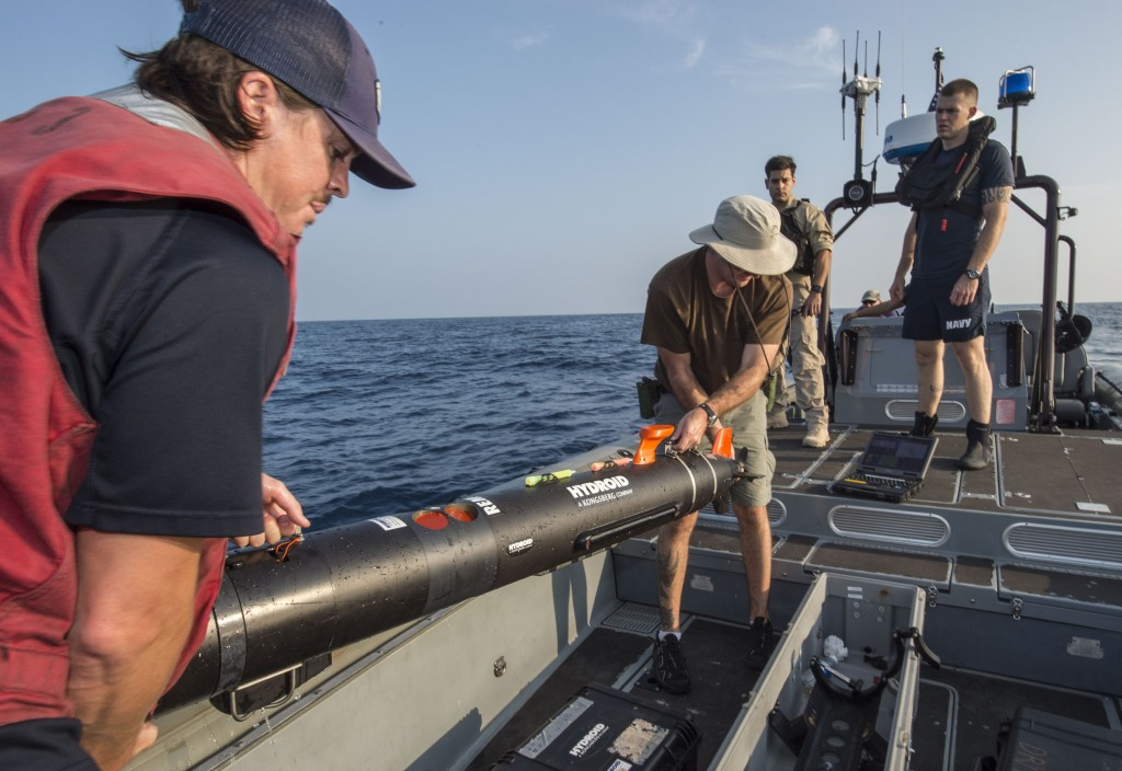 A Kongsberg REMUS 100 unmanned underwater vehicle being retrieved on one of USS Fort Worth LCS 3's boats in the South China Sea. Much like the Seafox, its speed (~4.5 knots) and endurance are limited and will struggle in areas of high current. U.S. Navy photo.