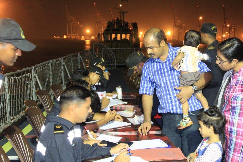 Registration_of_Indian_citizens_evacuating_from_Yemen_in_progress_(2015)_-_1