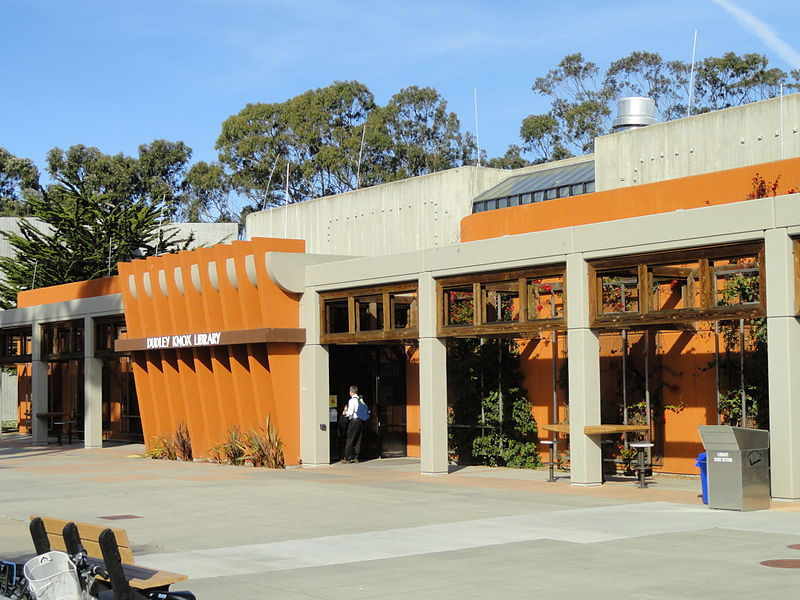 Dudley Knox Library, Naval Postgraduate School, Monterey, California. (Wikimedia commons)