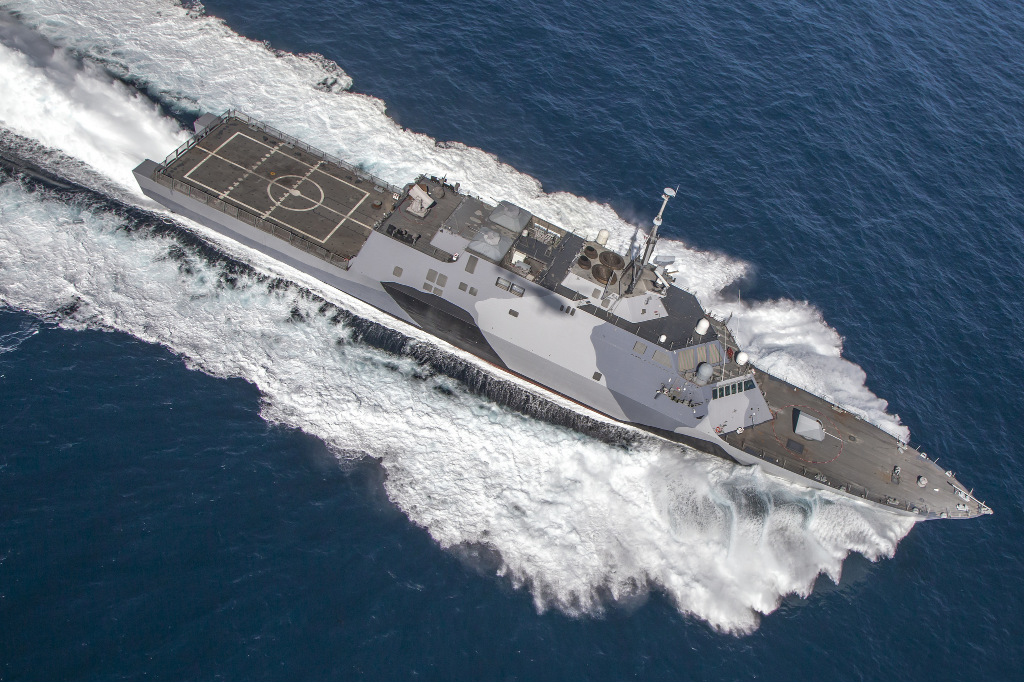 USS Freedom (LCS 1) undergoes testing and preparations off the coast of San Diego prior to its deployment to Southeast Asia in spring of 2013. (Lockheed Martin)