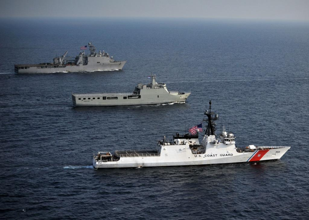 The Legend-class National Security Cutter USCGC WAESCHE (WMSL-751), Indonesian Navy landing platform dock ship KRI BANDA ACEH (BAC 593) and the amphibious dock landing ship USS GERMANTOWN (LSD 42) steam through the Java Sea in 2012. (U.S. Navy)