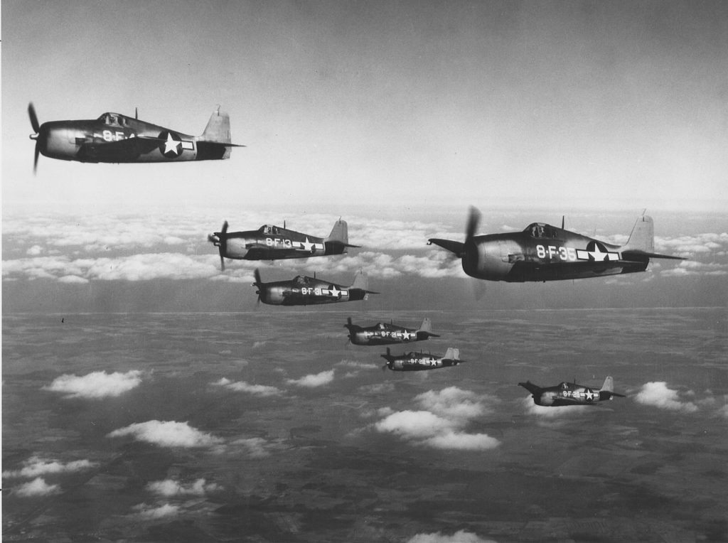 Grumman F6F Hellcats of VF-8 in flight/Wikipedia